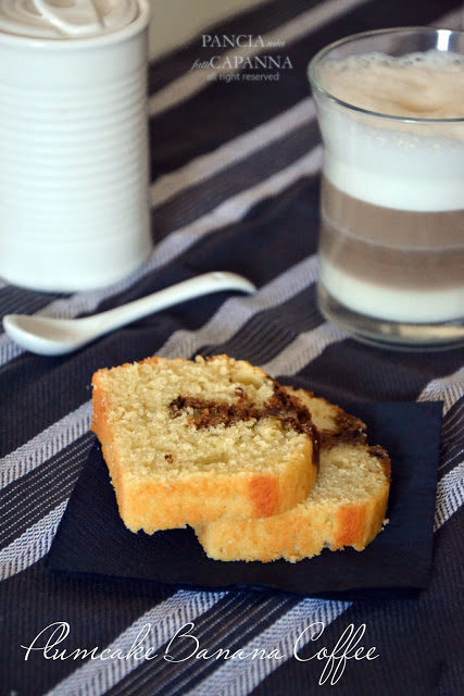 Plumcake banana coffee