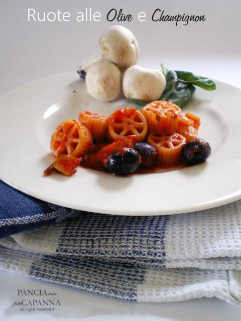 Ruote alle olive e champignon