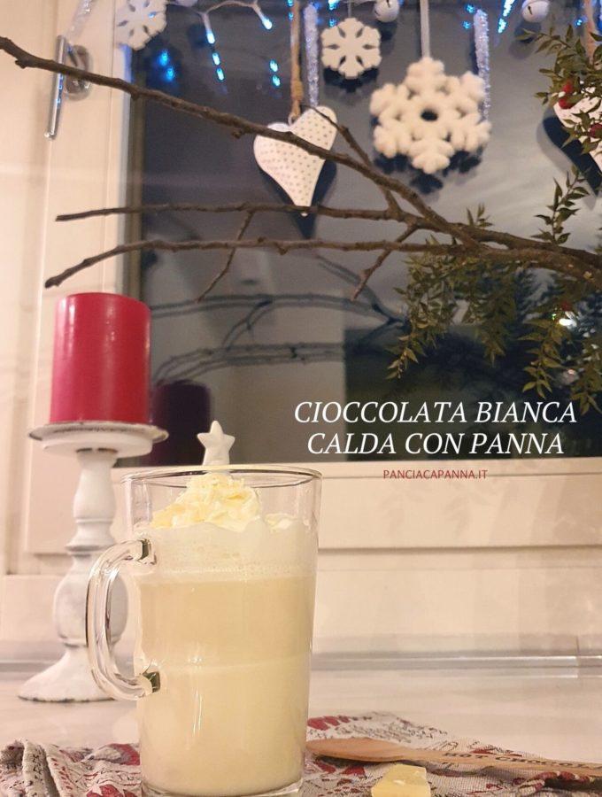 Cioccolata bianca calda con panna