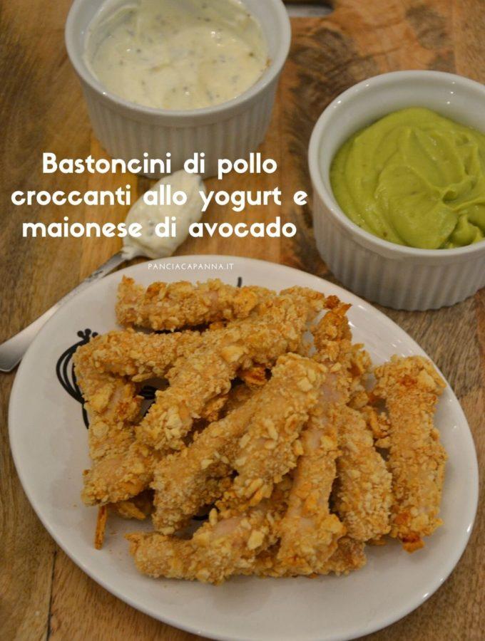 Bastoncini di pollo croccanti allo yogurt e maionese di avocado